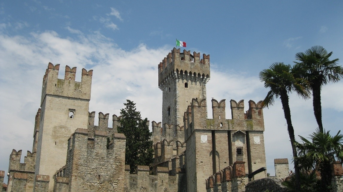 THE BEAUTY OF SIRMIONE